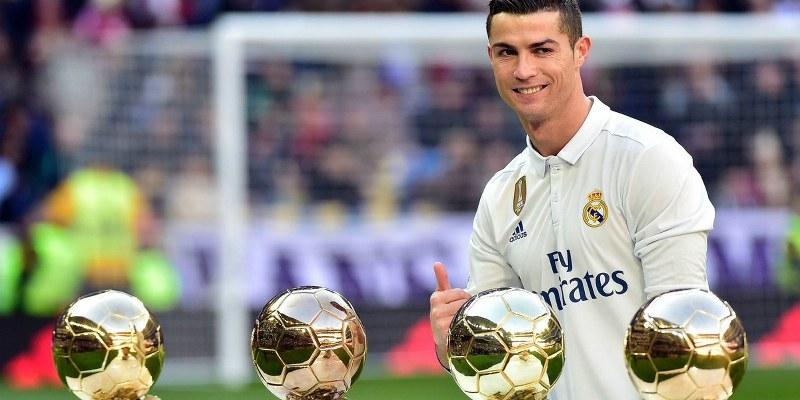 Ronaldo igulará a Messi, recibirá su quinto balón de oro