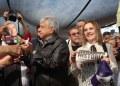 AMLO pide a Peña y al INE parar 'guerra sucia' en su contra 12