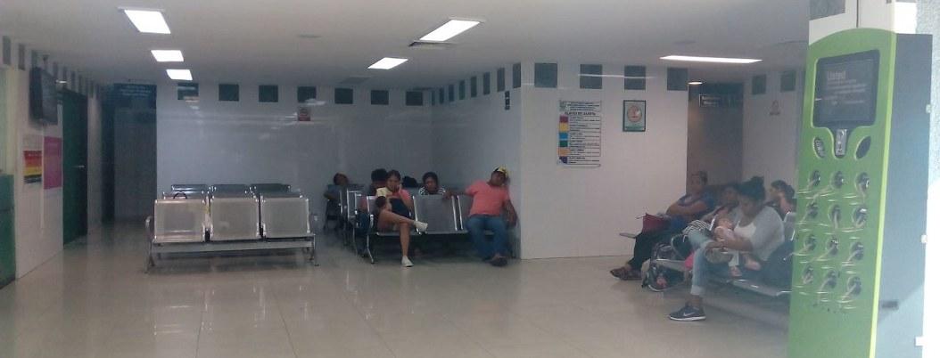 Clínicas del IMSS mal equipadas hacen gastar a familiares de enfermos 2