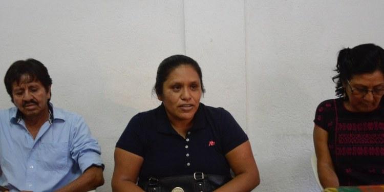 Piden a Morena no postulara Rubén Cayetanoen el distrito 08 de Ayutla 1