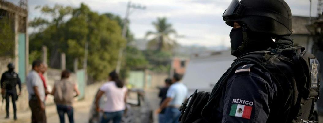 Sentencian a 50 años de cárcel a 5 policías federales por secuestro