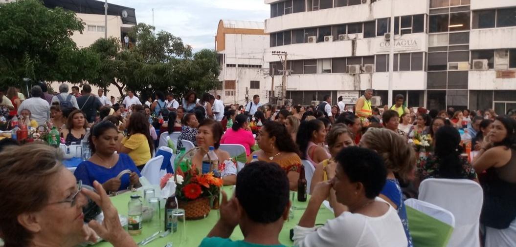 Gobierno de Acapulco sin dinero y Evodio organiza grandes pachangas 1