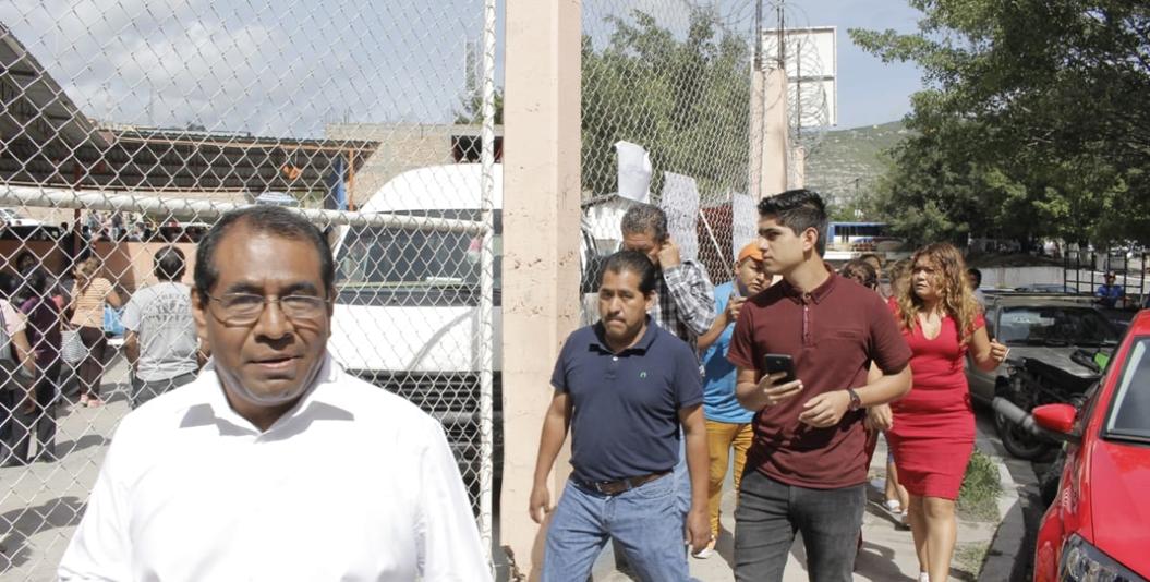 Porros de Beatriz Vélez golpean a personas que investigaban compra de votos 2
