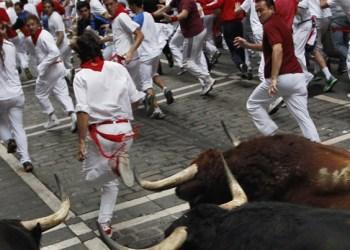 Terminan fiestas de San Fermín en Pamplona, España 3