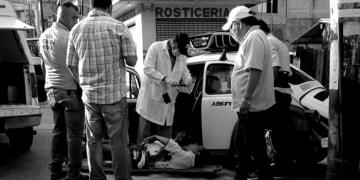 Asesinan a balazos a taxista en La Garita, Acapulco 1