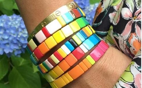 Pulsera arcoíris, la nueva tendencia milennial de Intagram 1