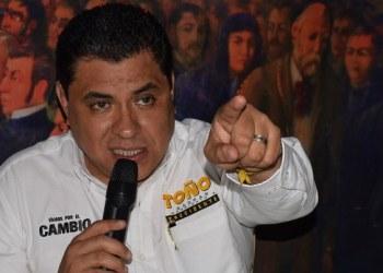 Alcalde de Chilpancingo 'desapareció' dinero de trabajadores de Servicios Públicos; no les paga 5