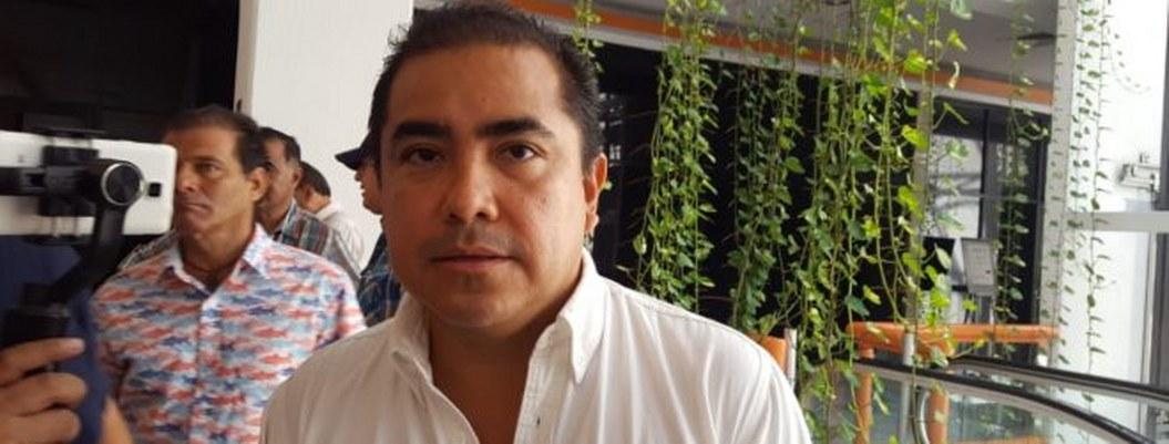 Solorio garantiza aguinaldo de trabajadores del Ayuntamiento de Acapulco