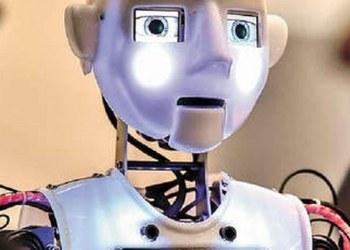 Robotino lleva obras de teatro a niños hospitalizados 3