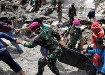 Papa dona 100 mil dólares a afectados por sismo y tsunami en Indonesia 2
