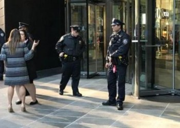 Evacúan redacción de CNN en NY por paquete sospechoso 1