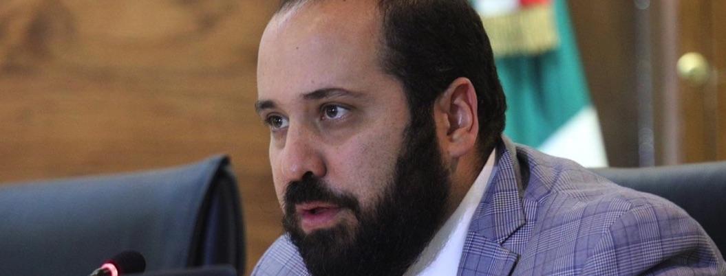 Comisionado del INAI no murió de infarto; cayó de quinto piso