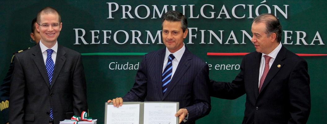Peña aclara que no impuso a la sociedad sus reformas estructurales