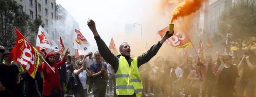 Protestan miles de franceses contra gasolinazos