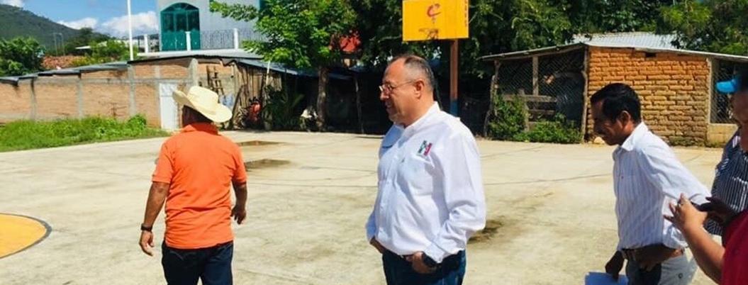 Heriberto Huicochea deja dirigencia estatal del PRI