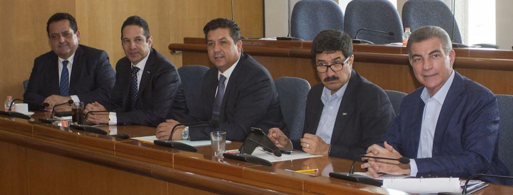 Gobernadores panistas forman frente contra superdelegados de AMLO