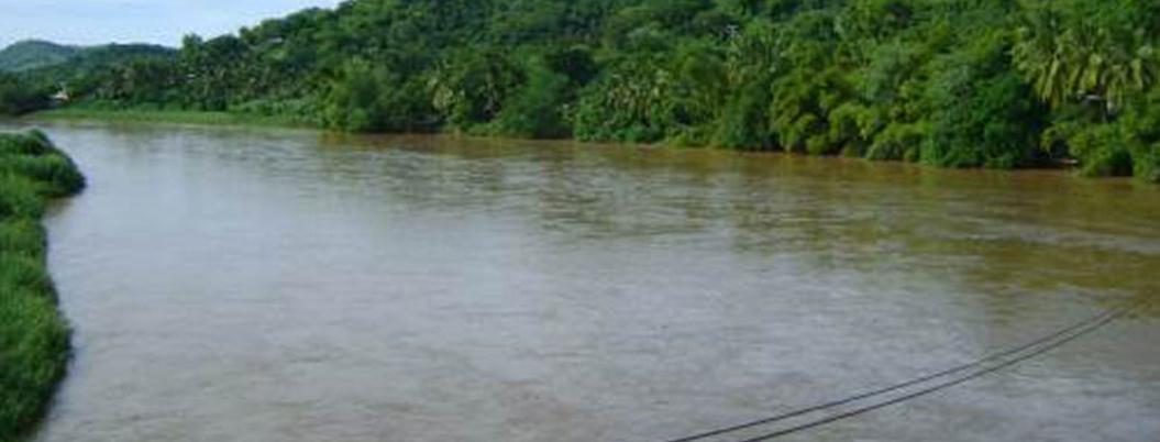 Localizan muerto a niño que cayó en el río Papagayo de Acapulco
