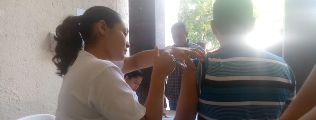 Arranca Semana Nacional de Vacunación en Acapulco con déficit de dósis