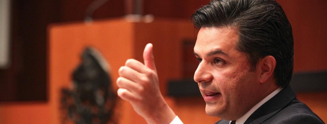 Robledo niega que médicos cubanos remplacen a mexicanos en el IMSS