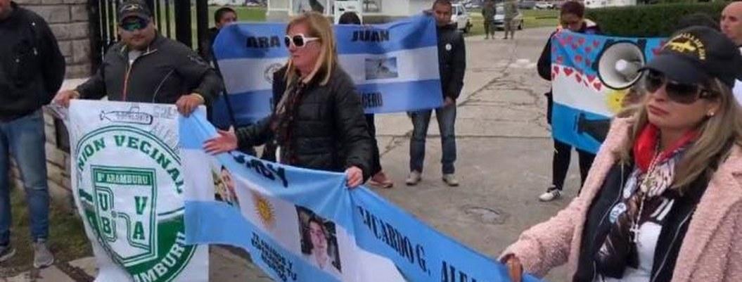 Familiares exigen a gobierno argentino recuperar restos del Ara San Juan