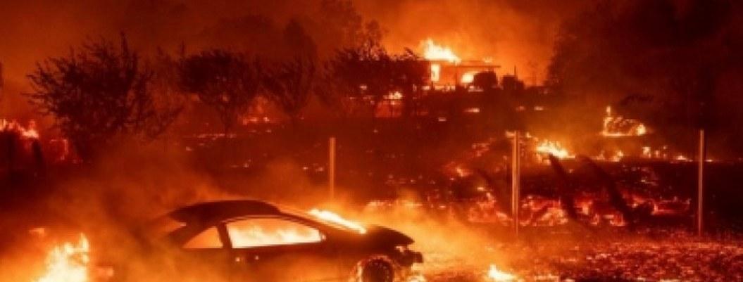 Canadienses cambian vacaciones por ayudar damnificados de incendios