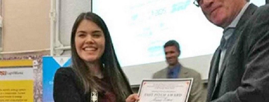 Alumna mexicana gana premio en congreso sobre energía solar