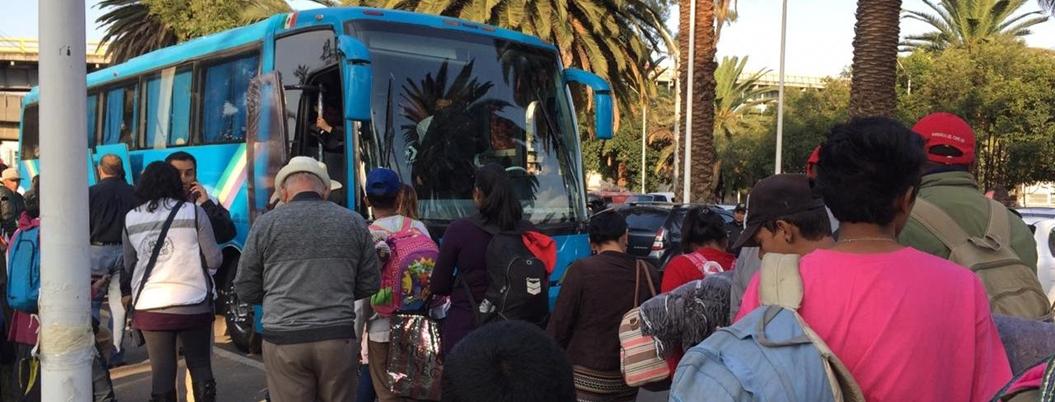 Empresario presta 50 autobuses a Caravana Migrante en Hidalgo