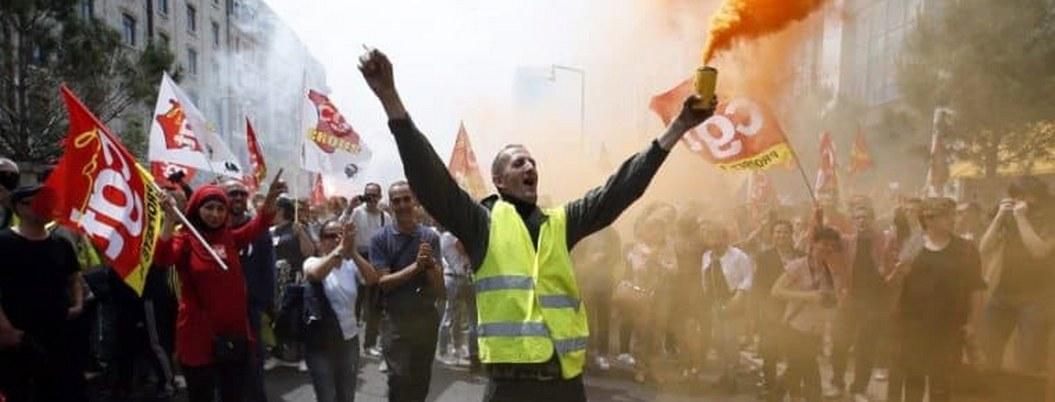 Miles de franceses protestan en contra del gasolinazo