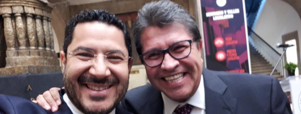 'Piel curtida y cero umbral de dolor', responde cínico Monreal a Martí