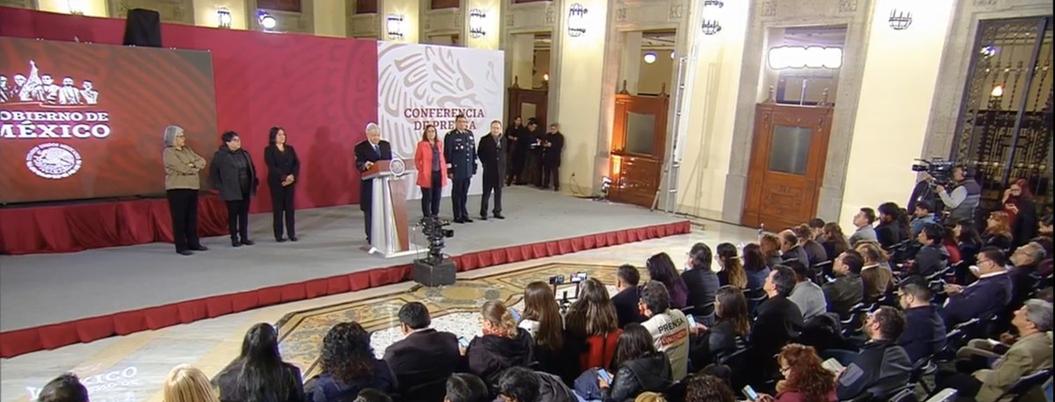 """Expresidentes desatendieron medios para distribuir gasolina"": AMLO"
