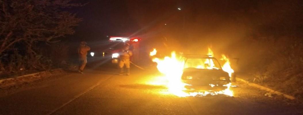 Suspenden tranporte público en Costa Grande por quema de autos