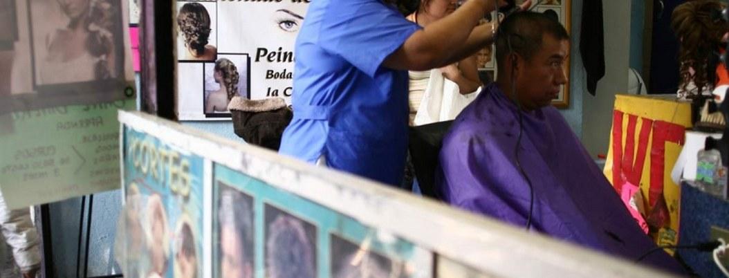 Hongos, piojos y hasta VIH virus que pueden contagiarse en estéticas