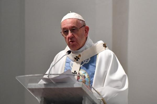 """Escándalos sexuales hieren a la Iglesia """"por su pecado"""": Papa Francisco"""
