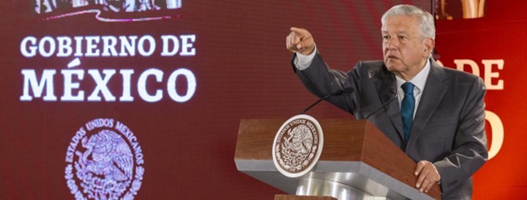 """""""SCJN dio la espalda al pueblo por mantener sueldazos"""": AMLO"""