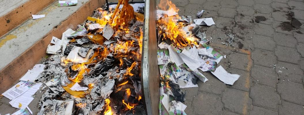 Opositores intentan reventar consulta sobre termoeléctrica en Morelos