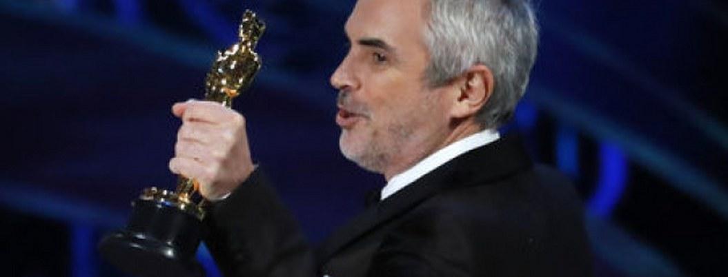 Cuarón agradece a fans por apoyar a Roma desde los Oscares| VIDEO