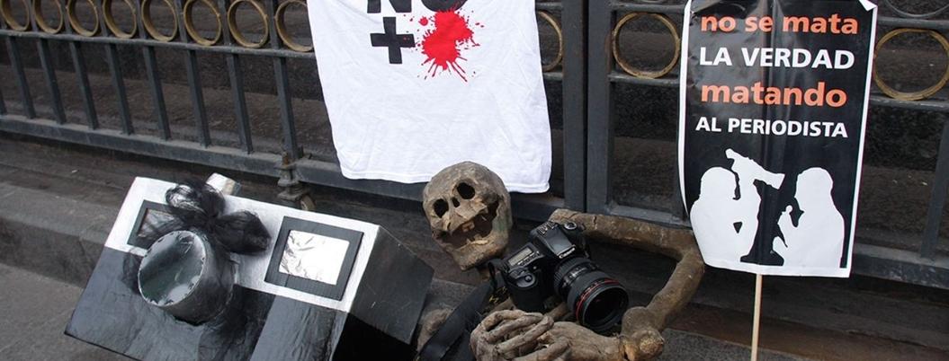 Peña impuso el silencio ante ola de periodistas asesinados