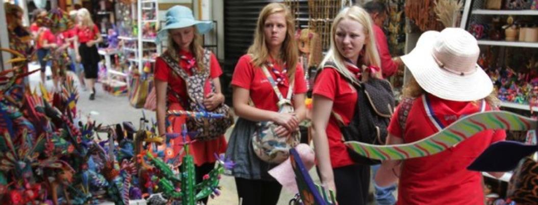 Turistas extranjeros ahora gastan más al visitar México: Sectur
