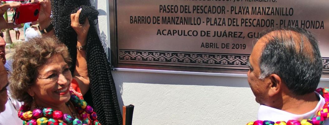Adela Román participa en inauguración del Paseo del Pescador