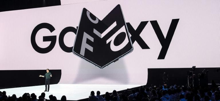 Samsung revisará su teléfono plegable tras las primeras quejas