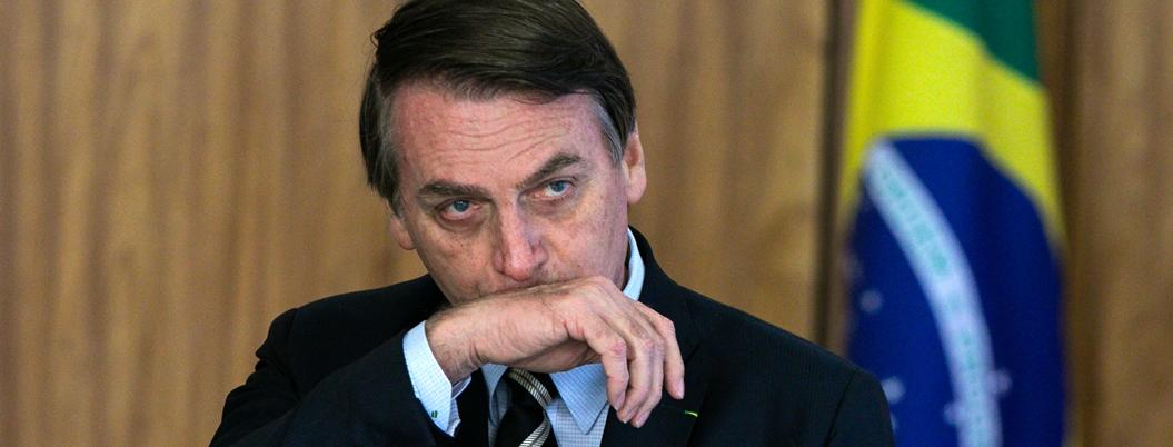 Bolsonaro envía al ejército a combatir incendio en la Amazonía al fin