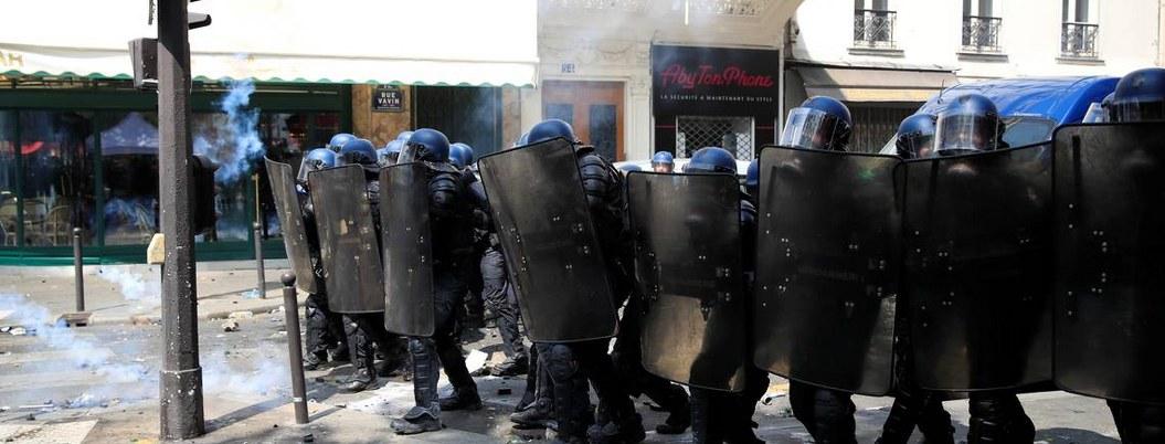 Blindan París ante manifestaciones violentas por el día del trabajador