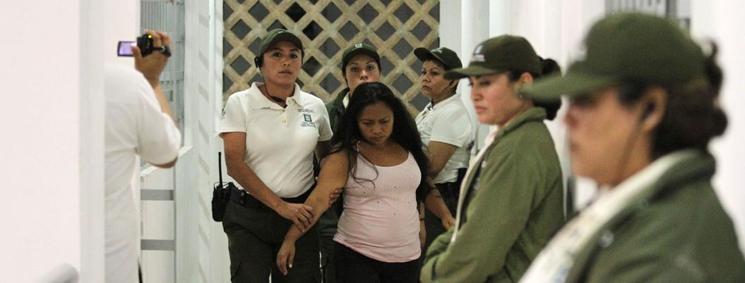 México carece de cárceles sólo para mujeres
