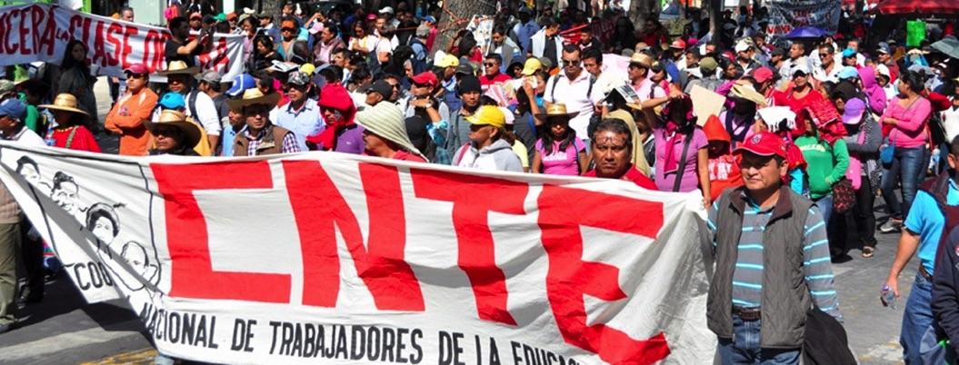 CNTE amaga con paro nacional en protesta por reforma de AMLO