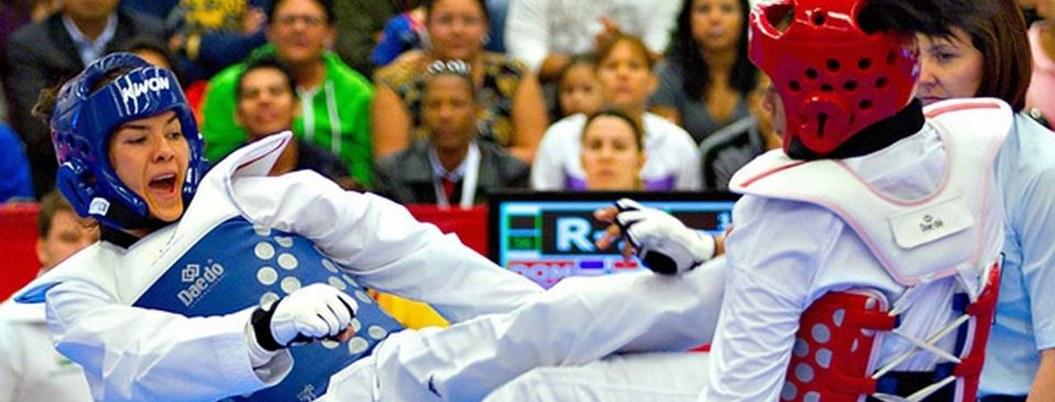 Mexicanos Espinoza y Plaza cierran con plata en Mundial de Taekwondo