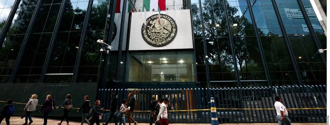 Peña dejó una deuda de más de mil mdp por renta de oficinas de PGR