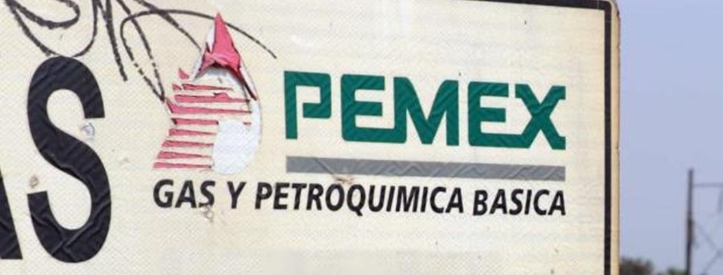"""AMLO se lanza contra tecnócratas corruptos: """"se aprovecharon de Pemex"""""""