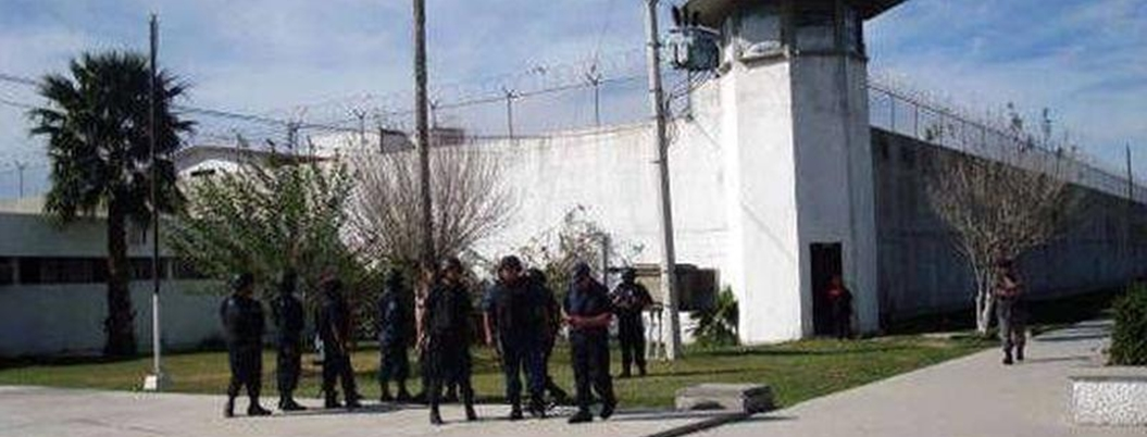 Batalla campal en penal de Ciudad Victoria deja ocho heridos
