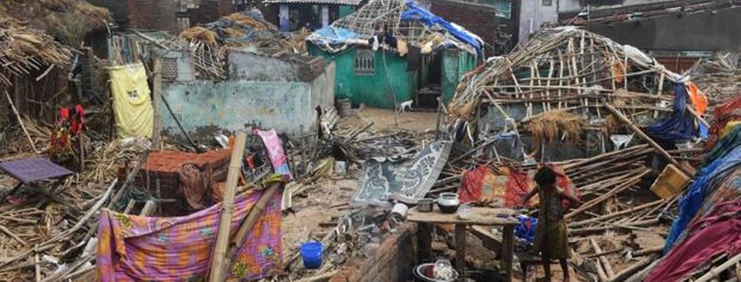 Casi 30 muertos en India y Bangladesh por ciclón Fani