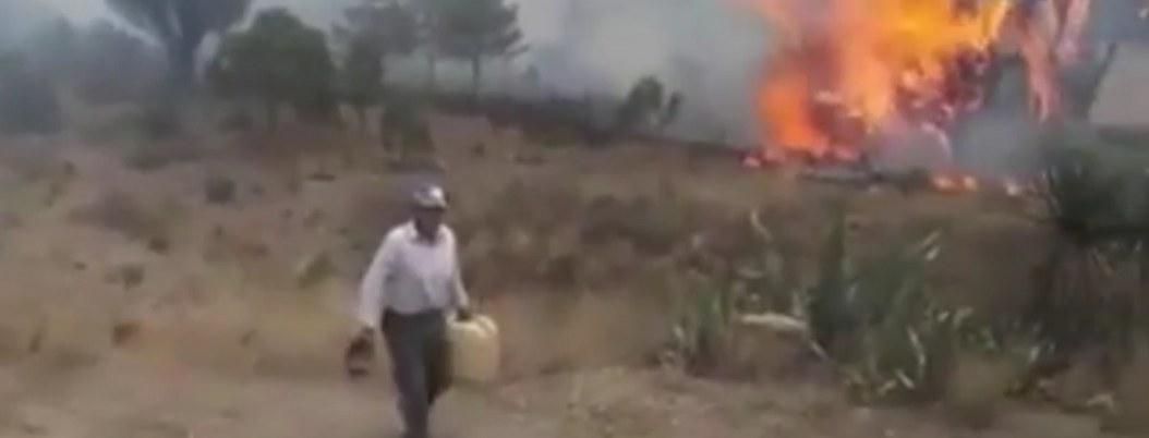 Captan a hombre provocado incendio en zona boscosa  VIDEO